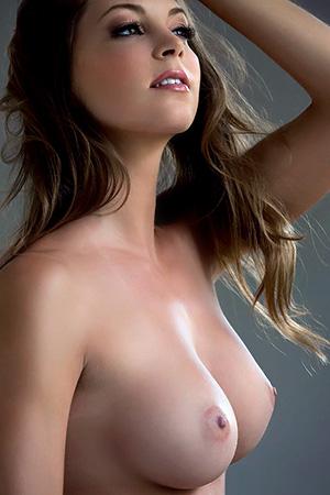 Beautyful nude women
