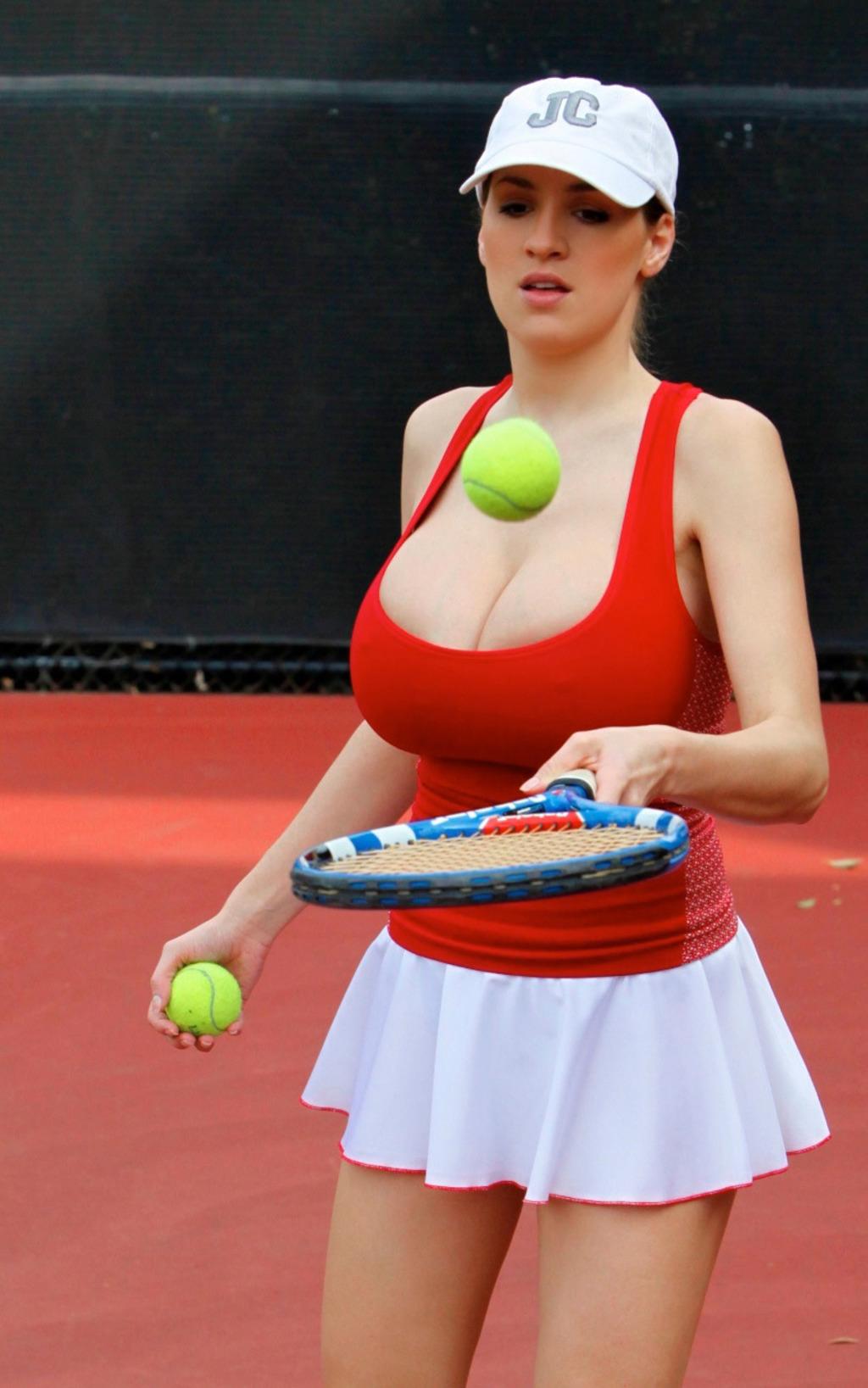 фото знаменитых грудастых теннисисток недавно рассталась